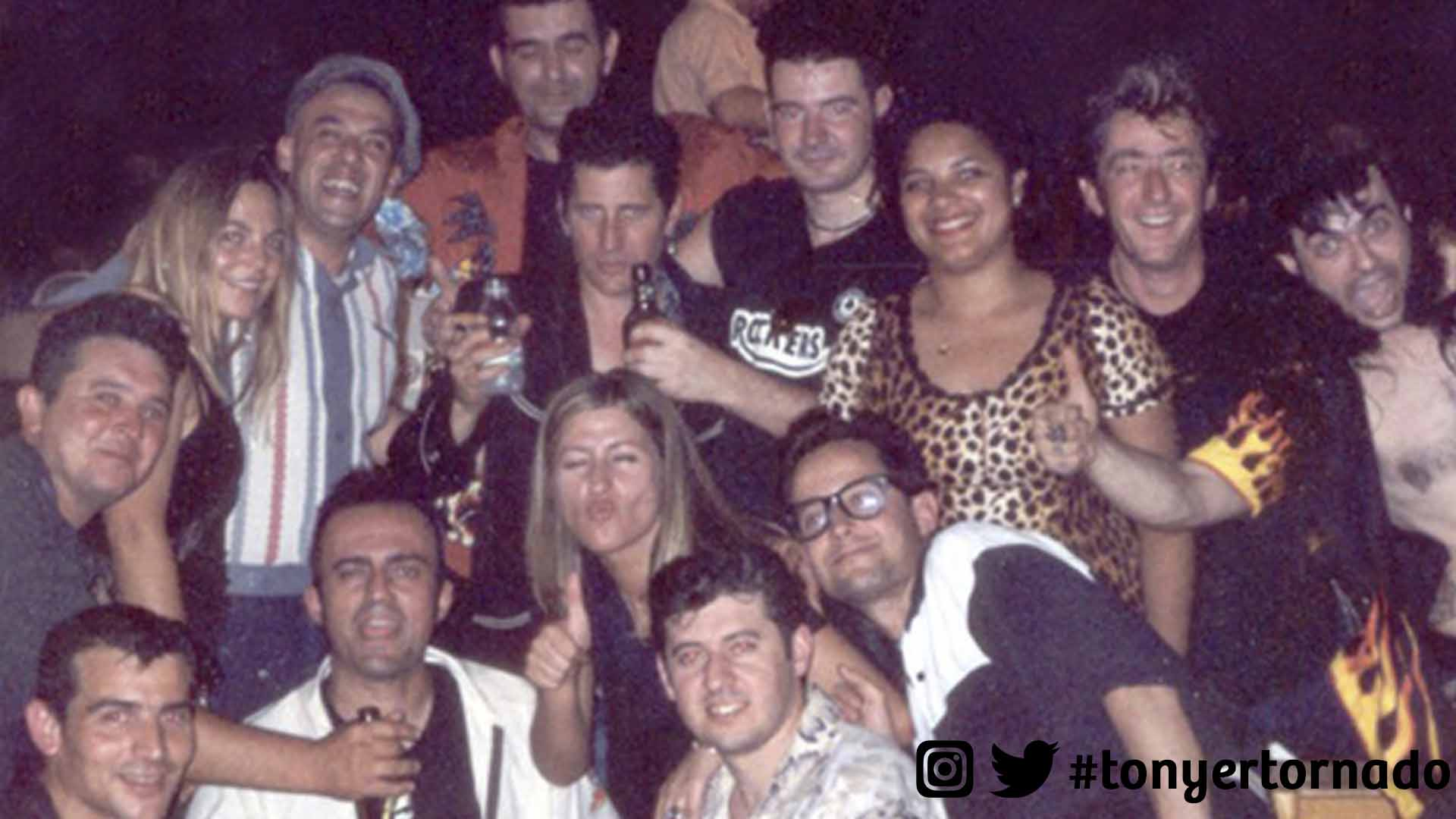 Concierto Lee Rocker (Stray Cats) con Charly (D.E.P.). Eivissa, Illes Balears. 2001